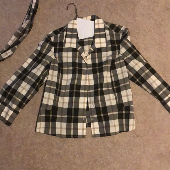 Jones New York Tops - Plaid button down with matching sash